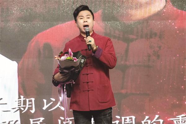 民歌新唱探路人——记陕北民歌传承人温建林